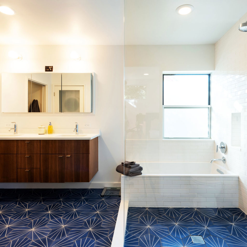 Dwell Best Construction Austin Texas Bathroom and Kitchen Remodels